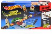 Хот вилс трек с 2 машинами 3091 Hot wheels Атака крокодила