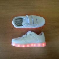 Кроссовки со светящейся LED подошвой (белые, 36, липучки)
