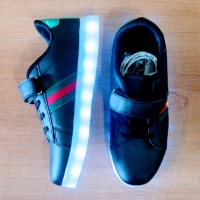 Кроссовки со светящейся LED подошвой (черные, 31, шнурки+липучка ДИЗАЙН)