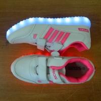 Кроссовки со светящейся LED подошвой (белый Fashion спорт, 32)