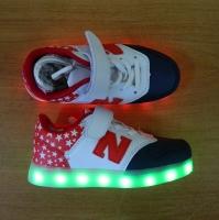 Кроссовки со светящейся LED подошвой (красные, 30, шнурки+липучка NB)