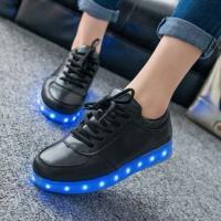 Кроссовки со светящейся LED подошвой (черные, 35, шнурки)
