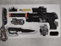Набор оружия пистолет, нож, очки (метал)
