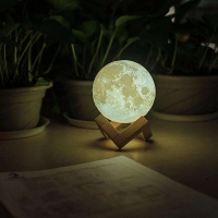 """Лампа-ночник """"Луна мини"""" с тактильным управлением. d8 см."""