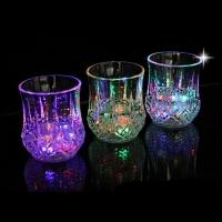 АКЦИЯ! Светящийся стакан для напитков восьмигранный (285 мл)