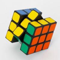Кубик рубика 3 * 3 с острым углом
